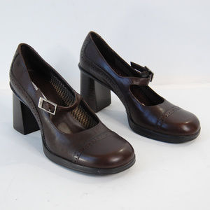{Tommy Hilfiger} Brown Stacked Heel Mary Janes 8M